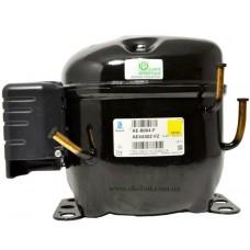 Компрессор AE 4430 Y Qo= 294Bт, при То=-15С; объем цилиндра 8,02 см³
